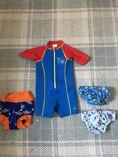 Conjunto de traje de baño de bebé 6-9 meses Bambino Mio Speedo Splash sobre