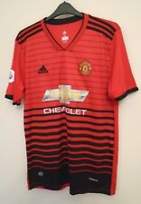 MANCHESTER UNITED  FOOTBALL TRAINING SHIRT  SIZE  XL