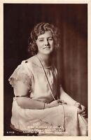 POSTCARD   GLAMOUR   MARGARET  LEAHY   DAILY  SKETCH    BEAUTY