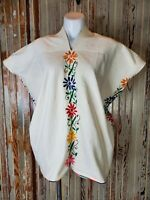 Vintage Mexican Poncho Tunic Top Floral Embroidery 1970s Women's Size Medium