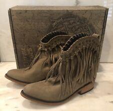Liberty Black Fringe Womens Boots 9 Vegas Taupe SULB-713303 C retail $280 NEW