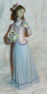 LLadro Innocence in Bloom 7644 Retired 1996 Collector's Society