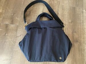 Lululemon On My Level Tote Bag 19 L Black With Gold Hardware