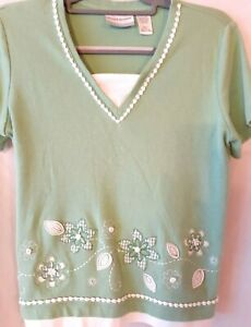 """Women's """"Alfred Dunner""""--Green & White Beaded/Embroidered Top---Small Petite"""