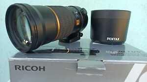 PENTAX SMC ED DA SDM 300mm f/4 Lens + CAPS + CASE + BOX