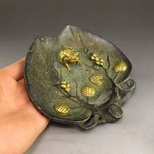 COLLECTION CHINESE VINTAGE HAND CARVED BRONZE LEAF FROG STATUE gd7117