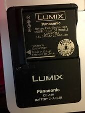 Panasonic Battery LUMIX and Charger DE-A59 - Model CGA-S 106B 3.6V 740mAh 2.7Wh