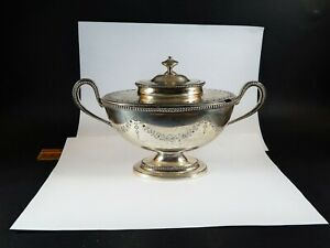 Antique English Georgian Sterling Silver Sauce Tureen and Cover London 1778