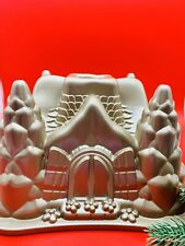 Williams-Sonoma Nordicware Hansel and Gretle Cottage Bundt Cake Pan