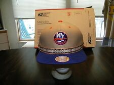 New York Islanders Mitchell and Ness SNAP BACK Cap Hat, NWT