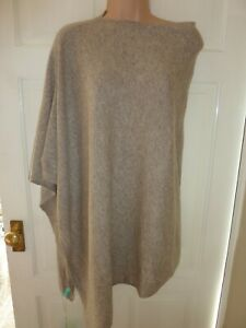 Bnwts Aftershock london 100% Cashmere cape one size