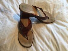 Rockport tan leather wedge sandals / flip flops uk 9.5 M