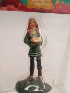 Pioneer Woman Holiday Edition - Christmas Village Ree Bakes Pie Figurine