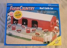 Ertl Farm Country Toy Machines Cattle Shed Livestock Barn Set MIP 1/64!! Tractor