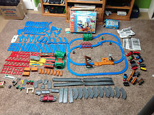 Thomas the Train WATER TOWER STEAM SET Motorized Tomy + Parts Lot 165 piece