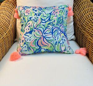 "Lilly Pulitzer 16"" x16"" sq. pink/grn/blu Lilly floral print pillow pink tassels"