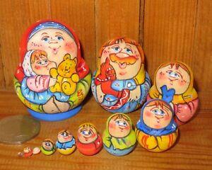 MINIATURE Nesting Russian Dolls Matryoshka tiny family 10 MAMA & GIRL Latisheva