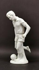 9943344 Porzellan Figur Fußballer Sportler weiß Gräfenthal H24cm