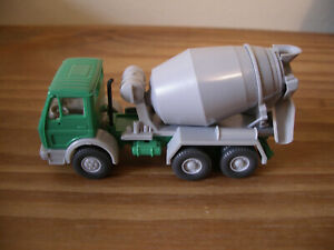 Wiking Mercedes Benz Cement Mixer 1:87 HO Scale