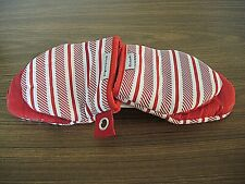 RED & WHITE KITCHEN AID OVEN MITTS - SHORT W RING FOR HANGING