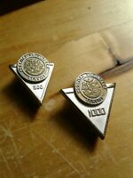 2 HOSPITAL VOLUNTEER SERVICE PINS 500 HOURS & 1000 HOURS 1/10 10k CTO