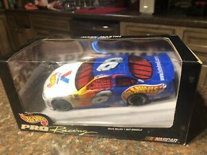HOT WHEELS NASCAR LEGEND MARK MARTIN HOT WHEELS/VALVOLINE FORD 1/24 Sc D-cast