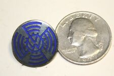 VINTAGE VW VOLKSWAGON PIN 1940S? AUTOBAHN GERMAN GERMANY CARS AUTOMOBILES BADGE