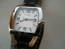 Fossil women's black leather band,quartz,battery & water resistant Analog watch.
