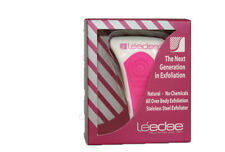 1 x  NEW IN BOX Le Edge face and body Exfoliator Tool  PINK. .
