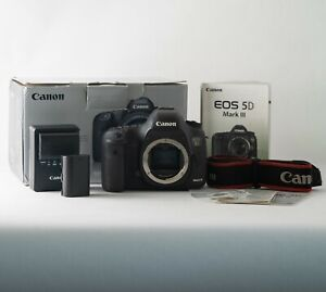 Canon EOS 5D Mark III 22.3MP Digital SLR Camera - Body Only - Used