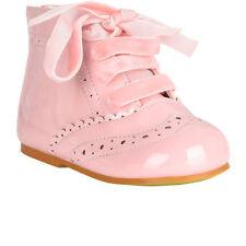 Chaussures roses à lacets pour bébé
