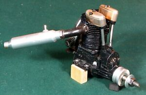 "SAITO FA-80 4 STROKE ""GOLDEN KNIGHT"" VINTAGE MODEL AIRPLANE ENGINE W/MUFFLER VG"