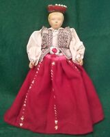 ANTIQUE SCANDINAVIAN HAND CARVED WOOD DOLL W/ HAND MADE CLOTHES / COSTUME