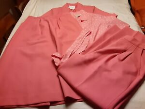 Vintage 1970s Polyester Pink Pykettes 5 Piece Suit Set Interchangeable
