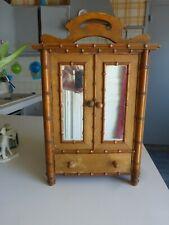 Petit meuble armoire à glaces ancien en bois bambou pour poupée
