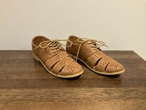 I Love Billy Cut Out Brogue Lace Up Shoes in Tan - Size 37