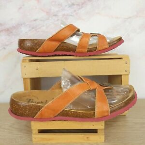 Think! Julia Sandals Flip Flop Thong Shoes Orange Leather Slip On Sz EU 38 US 7