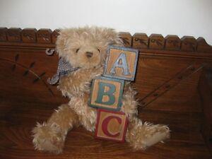 Ganz Cottage Collectibles 1995  Lucas Bear ABC Blocks