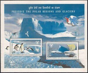 INDIA Polar Bear Penguin Antarctica Glacier Bird Wildlife Souvenir Sheet MNH