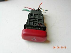 Suzuki ignis 2001;  Hazard light switch, warning light