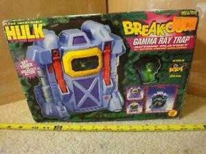 Vintage Toy Biz Incredible Hulk, Break Out Gamma Ray Trap Playset. NOS, Sealed!