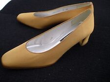 Stuart Weitzman Women's Slip- On Loafer Style Pumps Size 9AA  Narrow