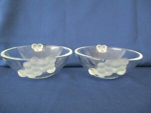 2 Clear Glass Bowls with Embossed Grape Pattern, 15cm Diameter