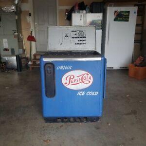 Vintage Ideal Pepsi Cola Bottle Vending Machine