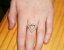 Vintage 90's 14K Gold Diamond Heart Ring  Sz 7 14KT w/ 20 Diamonds