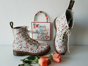 Dr Doc Martens 1460 white flowers floral ankle boots meadow UK 5 EU 38 US 7