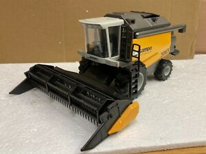1/35 scale Sampo Rosenlew 3065 combine harvester mahdrescher