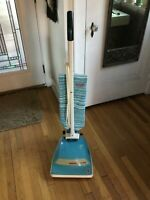 Vintage Mid Century Retro Turquoise Hoover Convertible Upright Vacuum Cleaner