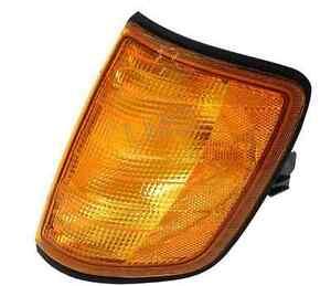 Fits Mercedes-Benz 300E 260E 300D Turn Signal Assembly - Headlight 124 826 02 43