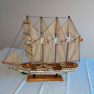 J.S Elcano Ship vintage model wooden ship good condition